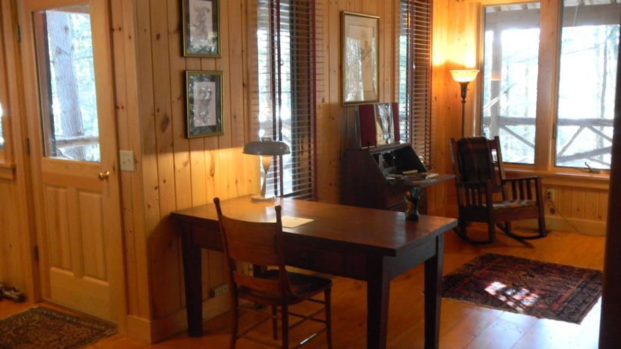 Interior Photos Of Leafkeepers Family Lakefront Mountain